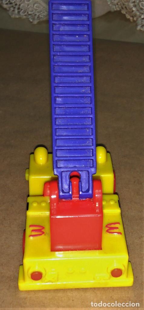 Figuras de Goma y PVC: Figura Ronald McDonald bombero camión escalera Happy Meal Mc Donalds 1995 payaso - Foto 4 - 112016615