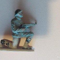 Figuras de Goma y PVC: FIGURA SOLDADO RUSO PECH. Lote 112060687