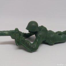 Figuras de Goma y PVC: ANTIGUA FIGURA EN PLASTICO. SOLDADOS. MAIRZA, PIPERO. AÑOS 70. MADE IN SPAIN.. Lote 112073599