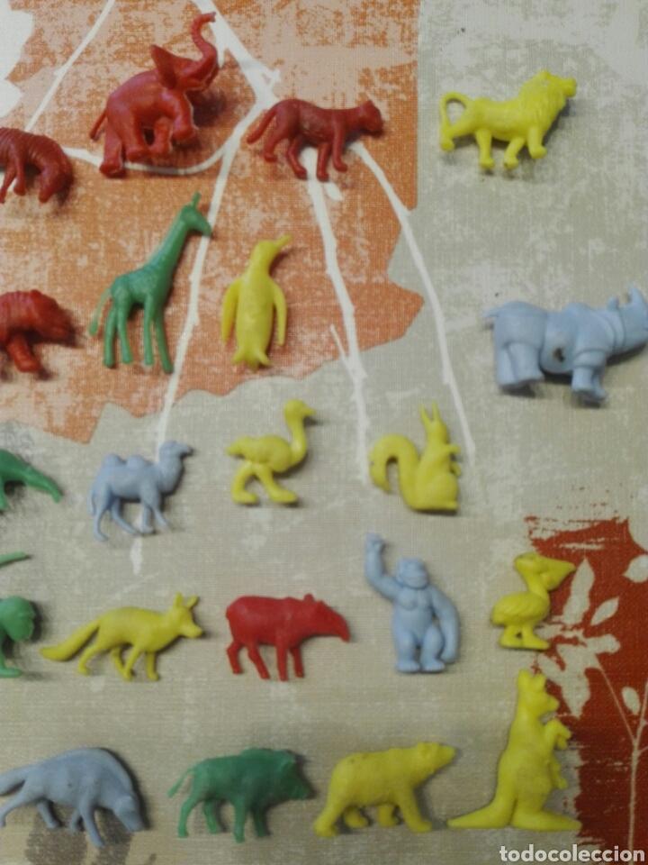 Figuras de Goma y PVC: Colección dunkin Fieras del zoo, 27 de las 30. Buen estado - Foto 3 - 112134664