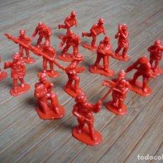 Figuras de Goma y PVC: LOTE 16 FIGURAS PVC. DUNKIN ? MONTAPLEX ? BOMBEROS. 4 REPETIDOS. Lote 112240599