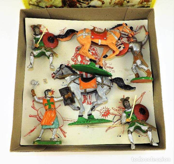 Figuras de Goma y PVC: Comansi Torneo caja completa - Foto 2 - 128840415