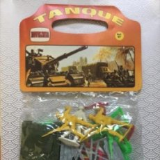 Rubber and PVC Figures - Bolsa figuras soldados Españoles y Americanos con tanque - Comansi / Novolinea - Años 70 NUEVO RARO - 112379287