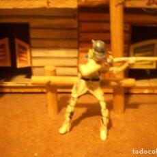 Figuras de Goma y PVC: VAQUERO TRAMPERO JECSAN REAMSA SOTORRES. Lote 112447099