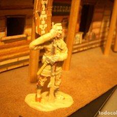 Figuras de Goma y PVC: VAQUERO TRAMPERO JECSAN REAMSA SOTORRES. Lote 112523279