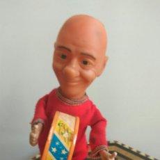 Figuras de Goma y PVC: PAYASO FOFO A CUERDA FUNCIONA 28 CMS ALTO FABRICADO ESPAÑA. Lote 112717610