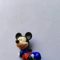 Figuras de Goma y PVC: FIGURA MICKEY FUTBOLISTA. Lote 112836074