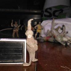 Figuras de Goma y PVC: MUÑECO FIGURA GOMA TARZAN CHITA INDIO OESTE BAQUERO CABALLO CAPITAN TRUENO / JABATO COMANSI / . Lote 113242083