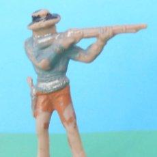 Figuras de Goma y PVC: VAQUERO COW BOY CON RIFLE DE PECH HERMANOS - OLIVER - JECSAN. Lote 113698007