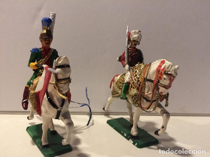 Figuras de Goma y PVC: 2 jinetes starlux serie Empire - Foto 3 - 114381775
