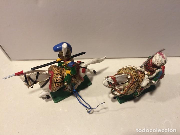 Figuras de Goma y PVC: 2 jinetes starlux serie Empire - Foto 5 - 114381775