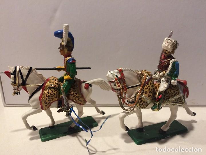 Figuras de Goma y PVC: 2 jinetes starlux serie Empire - Foto 6 - 114381775