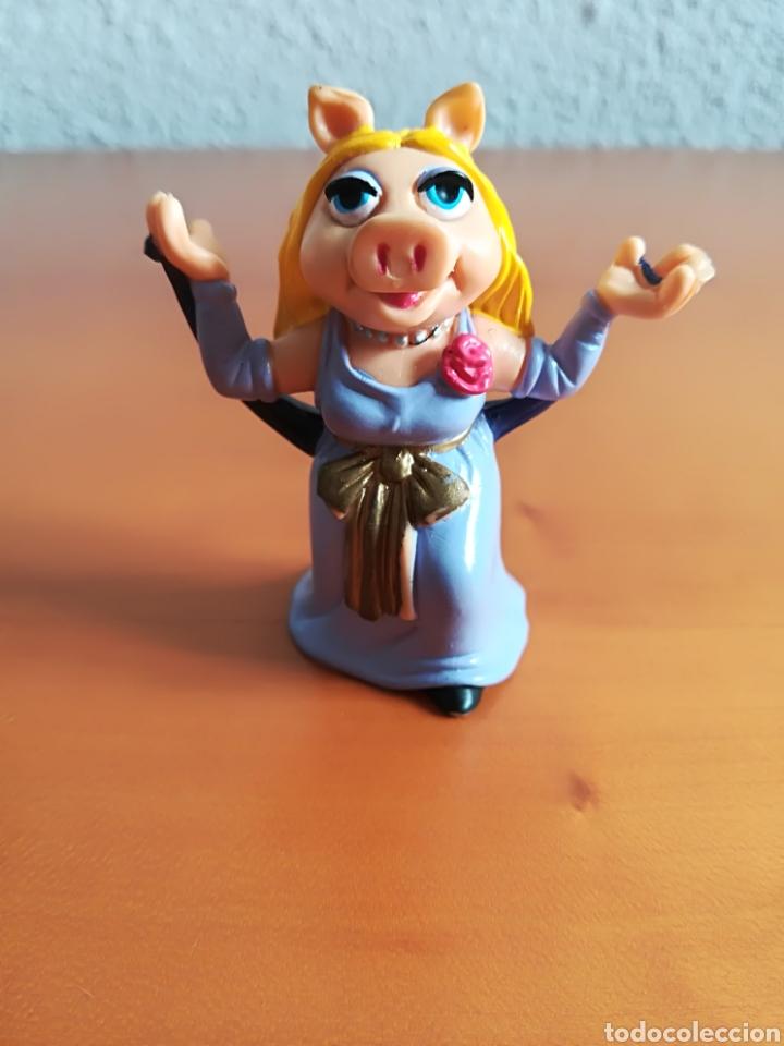 Figura pvc goma La cerdita Peggy The Muppets - Comics Spain