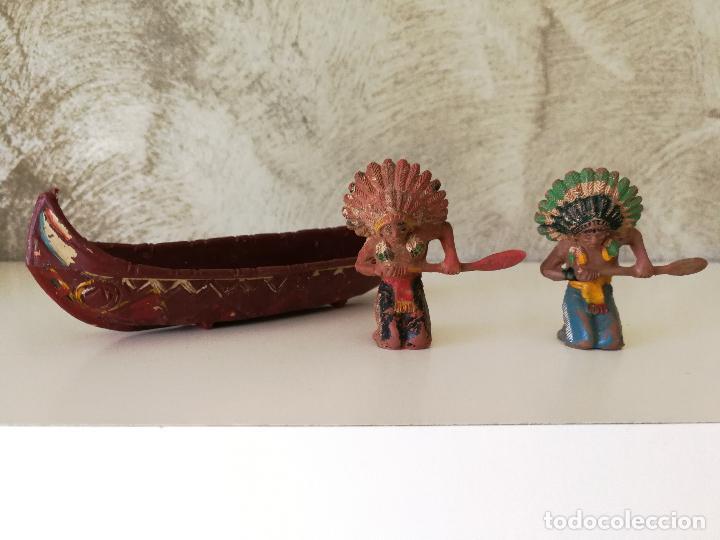 CANOA INDIA CON REMEROS INDIOS EN GOMA PECH AÑOS 50 (Juguetes - Figuras de Goma y Pvc - Pech)