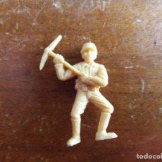 Figuras de Goma y PVC: SOLDADO JAPONÉS BEIGE ORIGINAL. DUNKIN. Lote 115486079