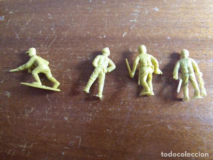 Figuras de Goma y PVC: LOTE 4 SOLDADOS JAPONÉSES AMARILLO VERDOSO .MUNDI TOY - Foto 5 - 115576283