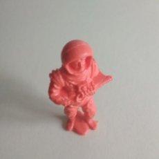 Figuras de Goma y PVC: FIGURA ASTRONAUTA CAMY YET. Lote 115579891