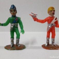 Figuras de Goma y PVC: DOA FIGURAS THUNDERBIRDS - EL ALUNIZAJE . REALIZADA POR COMANSI . AÑOS 60. Lote 115936015