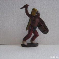 Figuras de Goma y PVC: INDIO PECH CON ESCUDO, MUY BUEN ESTADO.. Lote 116058847