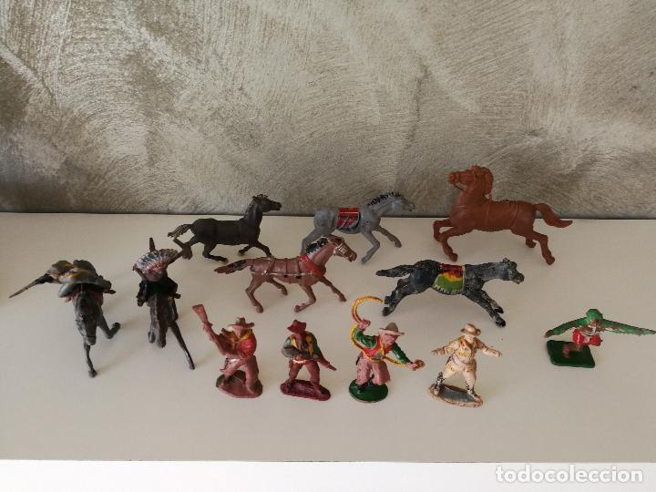 Figuras de Goma y PVC: LOTE INDIOS Y VAQUEROS EN GOMA PECH JECSAN - Foto 2 - 116093427