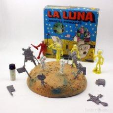 Figuras de Goma y PVC: LA LUNA, JUGUETES ESPACIALES - CAJA ASTRONAUTAS. KIOSCO, PIPERO, TIPO MONTAPLEX. NUEVO. MUY DIFICIL. Lote 116768323