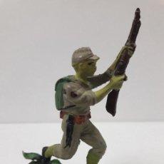 Figuras de Goma y PVC: SOLDADO JAPONES . REALIZADO POR PECH . AÑOS 50 EN GOMA. Lote 117037091