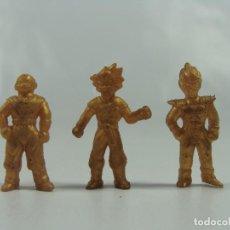 Figuras de Goma y PVC: FIGURAS DE DRAGON BALL HECHAS EN PERÚ POR CHOCOLATES WINTERS - SET DORADO - PRECIO POR CADA UNA. Lote 117119719