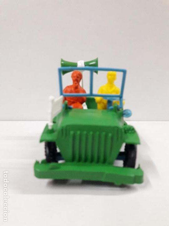 Figuras de Goma y PVC: JEEP DE LA VUELTA CICLISTA . REALIZADO POR SOTORRES . AÑOS 60 - Foto 3 - 117417483