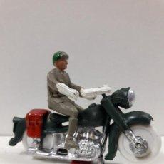 Figuras de Goma y PVC: MOTORISTA . REALIZADO POR M. SOTORRES . AÑOS 60. Lote 117532959