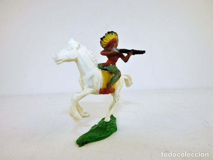 Figuras de Goma y PVC: GMB Figura Indio a caballo con rifle Cca 1960 - Foto 3 - 171677012