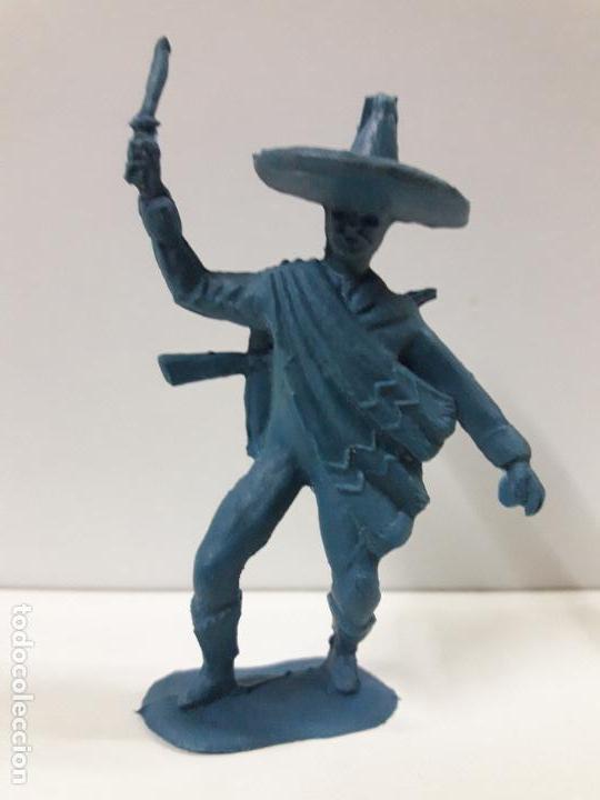 MEJICANO - CHARRO . REALIZADO EN PLASTICO MONOCOLOR (Juguetes - Figuras de Goma y Pvc - Pipero)