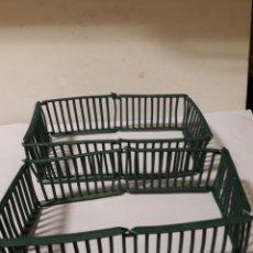 Figuras de Goma y PVC: JAULA REJAS PARA ANIMALES DE GAMA EN GOMA. Lote 117771583