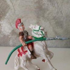 Figuras de Goma y PVC: MUY RARO ROMANO A CABALLO DE LA SERIE GLADIADORES DE LAFREDO DE 54 MM EN GOMA AÑOS 50. Lote 117980051