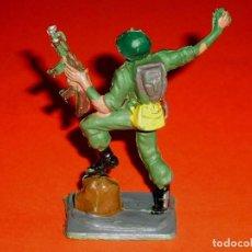 Figuras de Goma y PVC: SOLDADO AMERICANO, 2ª II GUERRA MUNDIAL, AMERICANOS EN COMBATE, PLÁSTICO, PECH, ORIGINAL AÑOS 60.. Lote 117993383