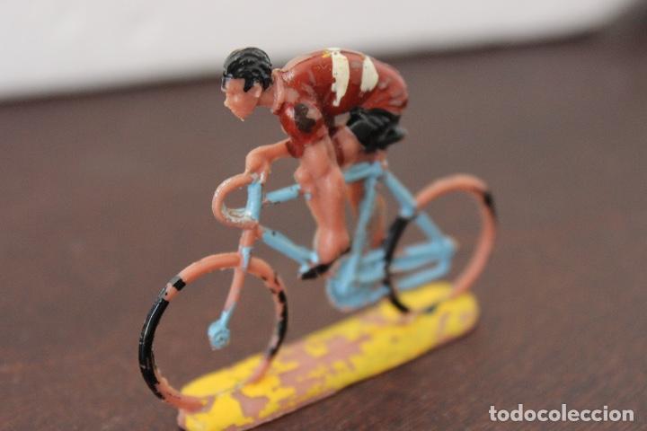 Figuras de Goma y PVC: 5 ciclistas PVC de SOTORRES. Años 60 - Foto 3 - 118172267