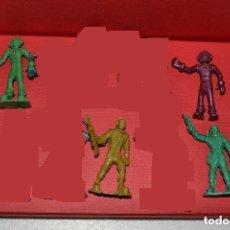 Figuras de Goma y PVC: LOTE ASTRONAUTAS /ESPACIO. Lote 104947679