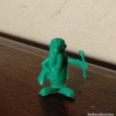 Figuras de Goma y PVC: MUÑECO O FIGURA PREMIUM - DUNKIN - SERIE ASTERIX Y OBELIX - PANORAMIX - VERDE. Lote 118378979