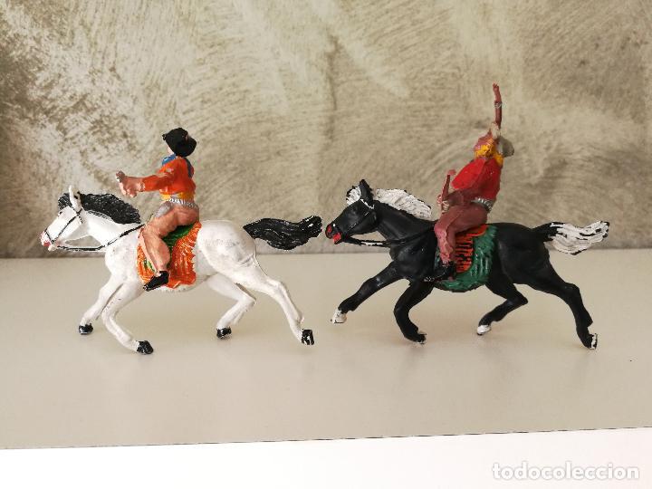 Figuras de Goma y PVC: VAQUEROS A CABALLO DE GOMA LAFREDO - Foto 2 - 118449903