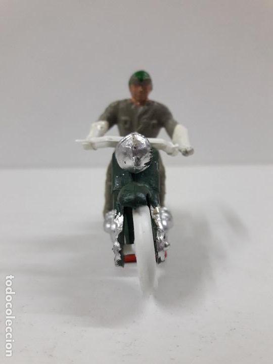Figuras de Goma y PVC: MOTORISTA . REALIZADO POR M. SOTORRES . AÑOS 60 - Foto 3 - 118573943