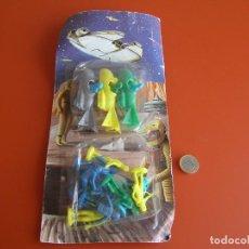 Figuras de Goma y PVC: BLISTER DE FIGURAS DE STAR WARS, FABRICANTE TIPO REAMSA, JECSAN, ETC, AÑOS 70, ESTRENO. Lote 118822967