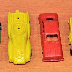 Figuras de Goma y PVC: PIPERO: LOTE DE 3 COCHES DE CARRERA, 1 JEEP, 1 CAMIÓN Y 1 COCHE PLÁSTICO DE JISA KIOSCO AÑOS 70/80. Lote 118707223