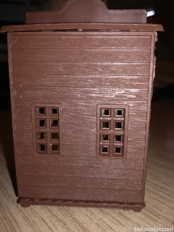 Figuras de Goma y PVC: Edificio del oeste de montaplex - Foto 3 - 119194338