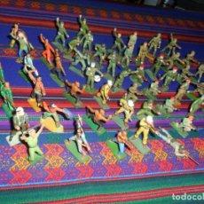 Figuras de Goma y PVC: LOTE 53 FIGURA PLASTICO STARLUX INDIOS HURONES VAQUEROS SOLDADOS AMERICANOS BOINAS ROJAS. MBE RARAS. Lote 120179743