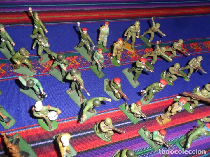 Figuras de Goma y PVC: LOTE 53 FIGURA PLASTICO STARLUX INDIOS HURONES VAQUEROS SOLDADOS AMERICANOS BOINAS ROJAS. MBE RARAS - Foto 6 - 120179743