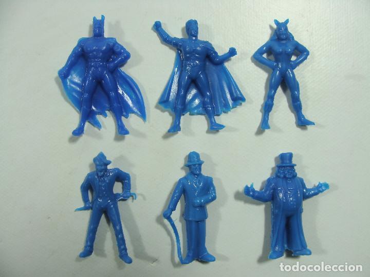 Figuras de Goma y PVC: Batman Robin Catwoman Joker Riddler Pingüino - Set azul completo -Estilo Dunkin Hechas en Venezuela - Foto 2 - 120840431