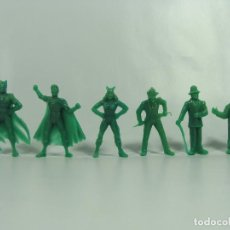 Figuras de Goma y PVC: BATMAN ROBIN CATWOMAN JOKER RIDDLER PINGÜINO - SET VERDE COMPLETO ESTILO DUNKIN HECHAS EN VENEZUELA . Lote 120840559