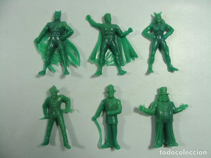 Figuras de Goma y PVC: Batman Robin Catwoman Joker Riddler Pingüino - Set verde completo Estilo Dunkin Hechas en Venezuela - Foto 2 - 120840559