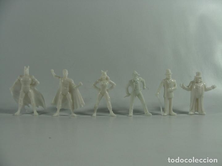 BATMAN ROBIN CATWOMAN JOKER RIDDLER PINGÜINO SET BLANCO COMPLETO ESTILO DUNKIN HECHAS EN VENEZUELA (Juguetes - Figuras de Goma y Pvc - Dunkin)