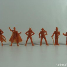 Figuras de Goma y PVC: BATMAN ROBIN CATWOMAN JOKER RIDDLER PINGÜINO SET MARRON COMPLETO ESTILO DUNKIN HECHAS EN VENEZUELA . Lote 120841227