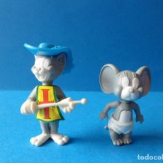 Figuras Kinder: FIGURAS MONTABLES DE TOM Y JERRY - TURNER - HANNA BARBERA - TOM MOSQUETERO. Lote 120851199